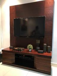 Painel de TV e rack de televisão