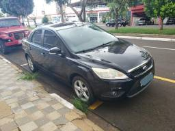 Ford Focus Sedan - 2010