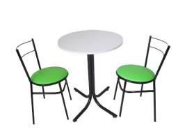 Mesa Redonda com duas cadeiras perfeito para lanchonetes, bares e restaurantes