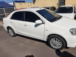 Toyata etios sedan sd xls - 2013