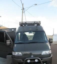 Motorhome em Van aceita propostas - 2002