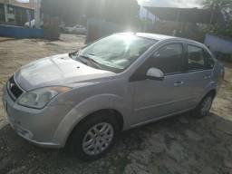 Fiesta sedan 1.6 - 2009