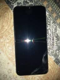 Smartphone LG K40s semi novo ainda estar na garantia, com nota fiscal.