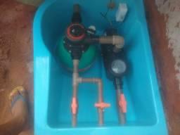 Instalação particular de piscina de fibra