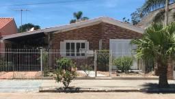 ALUGO CASA, 3 dormitórios, garagem para 3 carros - São Lourenço do Sul