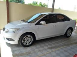 Ford Focus sedan GLX 2012