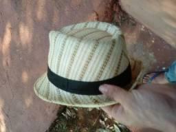 Vendo chapéu esta filé