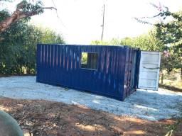 Container 20 pés transformado em oficina