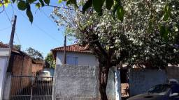 Vende -se casa em Jaboticabal