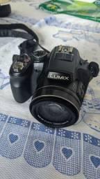 Câmera Panasonic Lumix DMC-FZ200