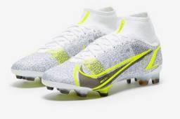 Chuteira Nike Mercurial Superfly VIII