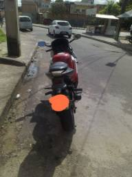 Vendo ou troco moto CBR 600F  negociável