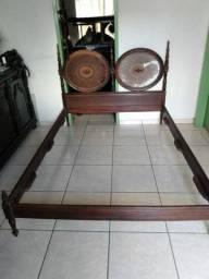 Cama  antiga de jacaranda