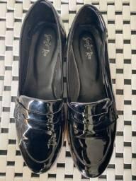 Sapato em verniz