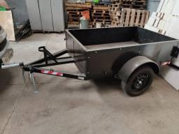 Reboque para carga e moto