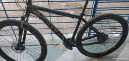Bicicleta aro 29 da marca spyder