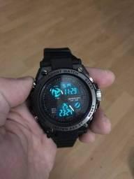 Relógio Digital Sanda 739 - Exibição de data / semana, cronômetro, 12/24 horas, alarme