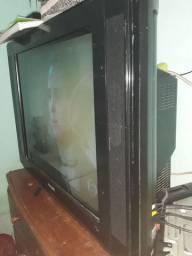 TV 38 plg. Do bundão