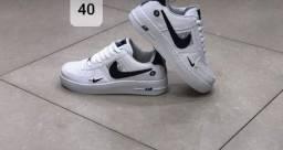 2 tênis lindos por 299 reais