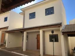 Aluga-se Casa Nova 3qts com Suíte, Bairro Belvedere!