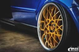 Jogo Rodas Rotform BLQ aro 18 taludas com pneus