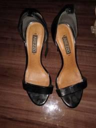 Vendo sapatos usados  N. 33 e 35