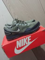 Nike zoom all out 2 40br