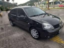 Clio Sedan 1.6 completo