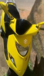 Moto Suzuki Burgman 125i 2014