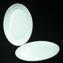 Par De Travessas Ovais Em Porcelana Nacional - Brancas