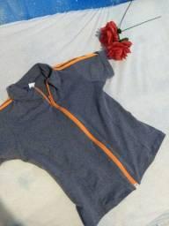 Blusa de academia com zíper