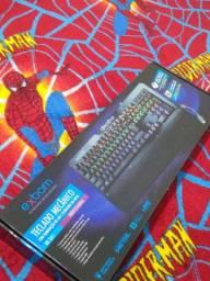 Mouse Logitech 203 e teclado mecânico exbom bk-gx1