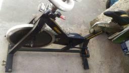 Vende-se bike de spinning velocity roda de inércia  18k
