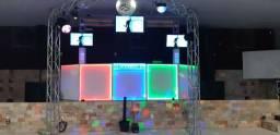 Pista de dança, som e iluminação com DJ