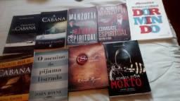 Vendo ou troco livros semi novo