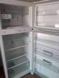 Geladeira Consul 450 litros gelo seco