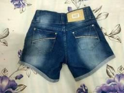 Short Jeans com strass
