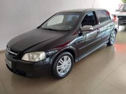 Gm - Chevrolet Astra Sedan 1.8 2003 Álcool Original Pneus Novos - 2004