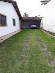 Caraguatatuba, casa com 3 suites, valor R$380.000,00, 100 mts da praia
