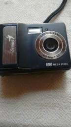 Maquina fotografica e câmera antiga digital genius 5.0 mega pixel 75,00