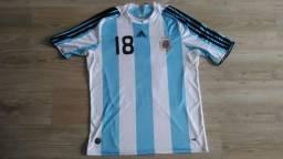 Camisa de futebol Argentina Messi n° 18 tamanho M