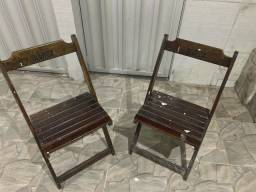 Kit 2 cadeiras de madeira, dobráveis (usadas)