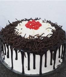 Venha fazer sua emcomeda torta tradicional kit com 100 un saldagos  zap 99607.3051