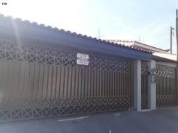 Casa para Venda em Itapetininga, Jardim das Rosas, 3 dormitórios, 1 suíte, 2 banheiros, 3