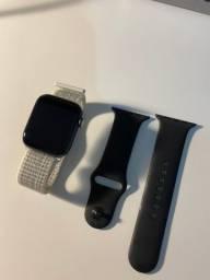 Apple Watch Séries 4 - 44mm preto