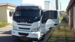 Caminhão Iveco Vertis 2014