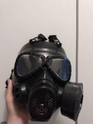 Máscara de gás com cooller