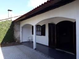 Alugo casa germinada  em guaratuba contrato anual