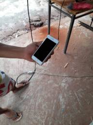 iPhone 6S na caixa.