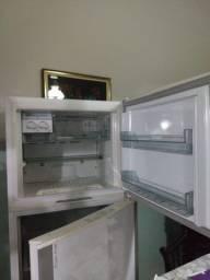 Geladeira Brastemp frost free de 453 Litros